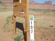 trailhead_sign_2