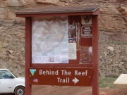 behind_the_reef_trail_kiosk