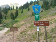 trailhead_signs_1