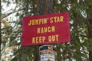 jumpin_star_ranch_sign