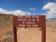 lower_south_desert_overlook_hike_sign_1