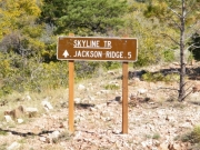 skyline_trail_sign