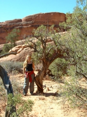 beth_and_a_gnarled_tree