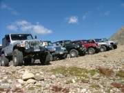 jeeps_at_the_top
