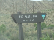 paria_box_trailhead_sign