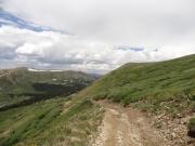 trail_below