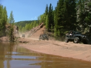 jeeps_on_gold_camp_road