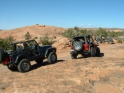 jeeps_at_lunch