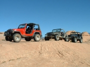 jeeps_on_a_thin_fin