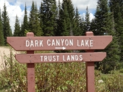 dark_canyon_lake_sign