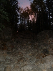 big_rocks_at_night