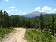 longs_peak_in_the_distance