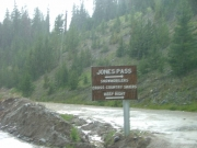 jones_pass_sign