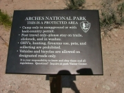 arches_national_park_plaque
