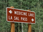 medicine_lakes_sign