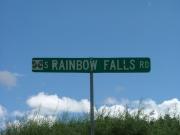 rainbow_falls_road_sign