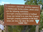 rattlesnake_arches_hike_sign_1