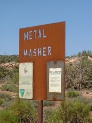 metal_masher_sign
