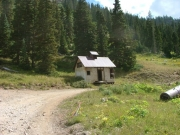 old_cabin_1