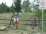 trailhead_signs
