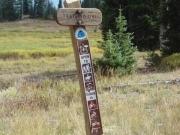 continental_divide_trail_sign