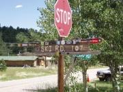 ski_road_sign
