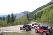 three_jeeps_and_a_fork_in_the_road