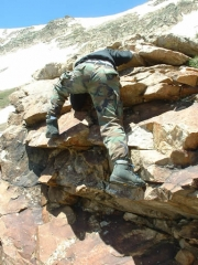 tom_rock_climbing