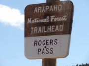 rogers_pass_sign