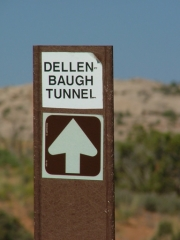 sign_to_dellenbaugh_tunnel