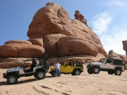 jeeps_in_scenery