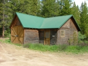 building_at_the_trailhead