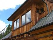 hut_outside_part_4