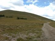 trail_up_glacier_ridge