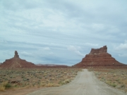 setting_hen_and_rooster_buttes_part_2